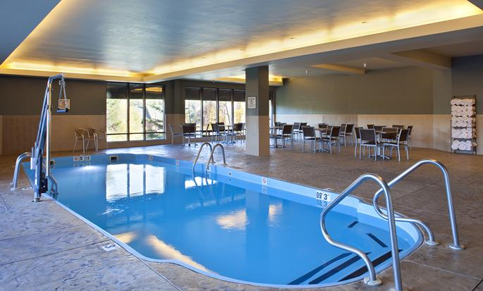 DoubleTree by Hilton Hotel Breckenridge - Indoor Pool