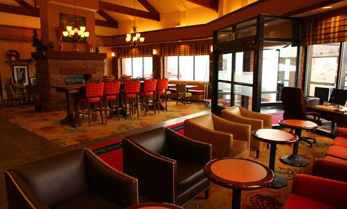 Hampton Inn & Suites Park City, Utah - Lobby area