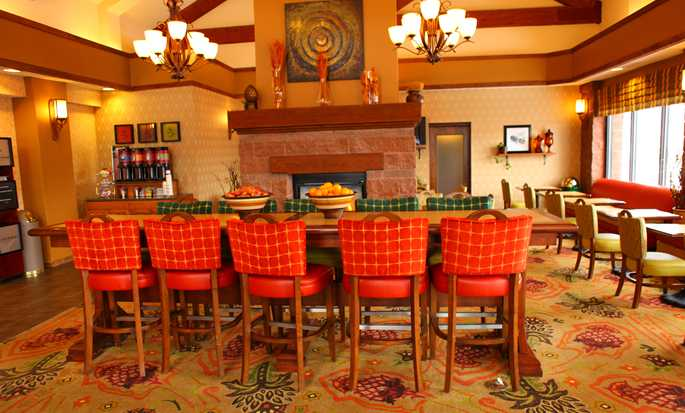 Hampton Inn & Suites Park City, Utah - Lobby Seating Area