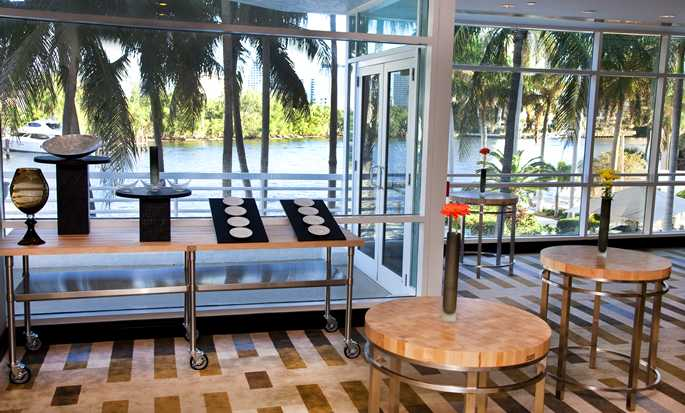 doubletree by hilton  u2013 hotell i fort lauderdale  florida